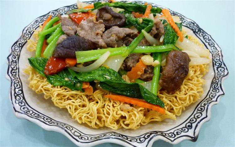 Image result for mì xào thịt bò