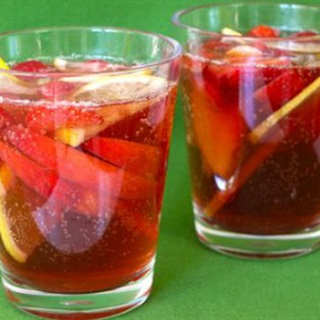 Cách Làm Mocktail Virgin Sangria Nổi Tiếng Tại Nhà