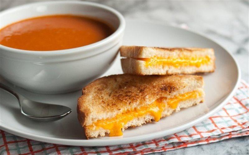 Cách Làm Bánh Sandwich Kẹp Phô Mai Ngon Miệng