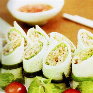 Cách làm sushi làm từ bánh mì sandwich