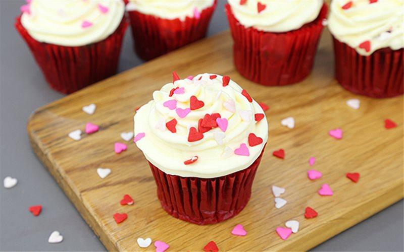 Cách làm Bánh Red Velvet với kem phô mai béo ngậy