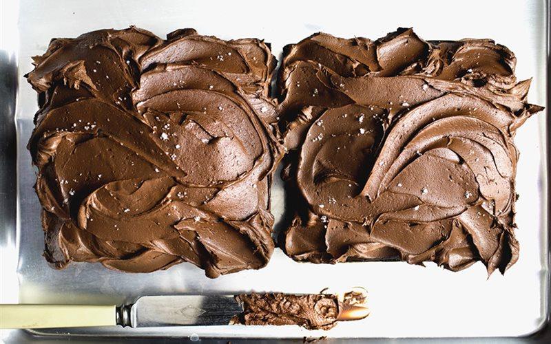 Cách Làm Bánh Chocolate Kem Xốp Mềm Tráng Miệng
