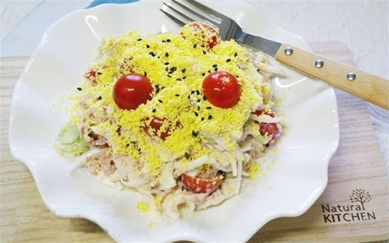 Cách làm Salad Dưa Leo Trứng đơn giản cho thực đơn ăn kiêng