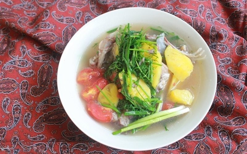 Cách Làm Canh Cá Chép Nấu Chua Cho Bữa Cơm Nhà