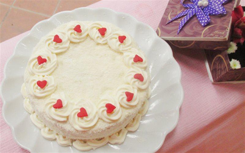 Cách làm Bánh Gato Kem Dừa đơn giản, thơm ngon tại nhà