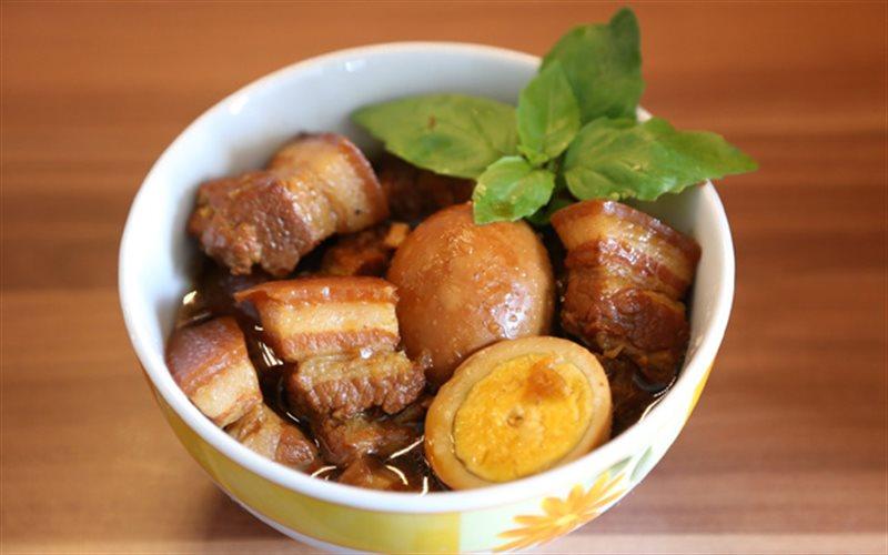 Cách làm Thịt Kho Tàu đậm đà chuẩn hương vị miền Nam