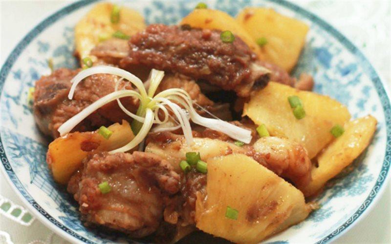 Cách làm Sườn Om Thơm Chua Ngọt đơn giản cho bữa cơm