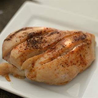 Cách làm thịt ức gà nướng ăn kiêng