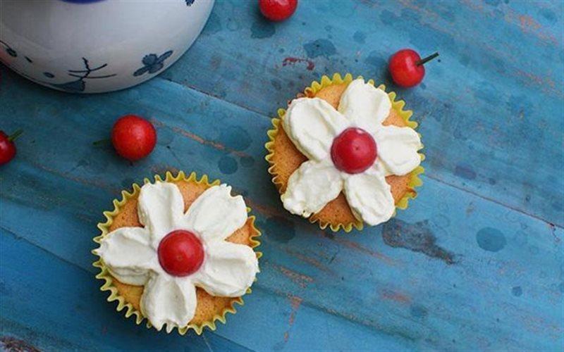 Cách Làm Bánh Cupcake Hình Hoa Đơn Giản Tại Nhà
