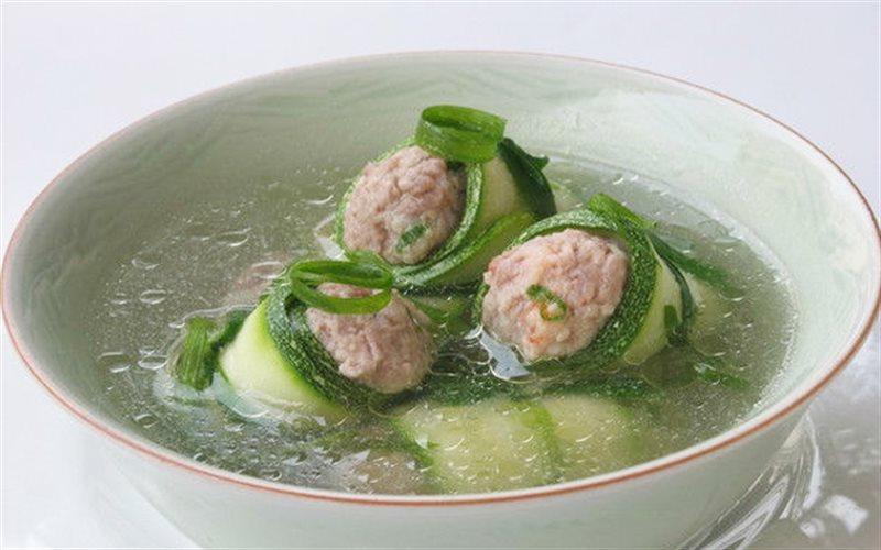 Cách nấu Canh Bí Ngòi Tôm Thịt thanh mát cho cả nhà ngày hè