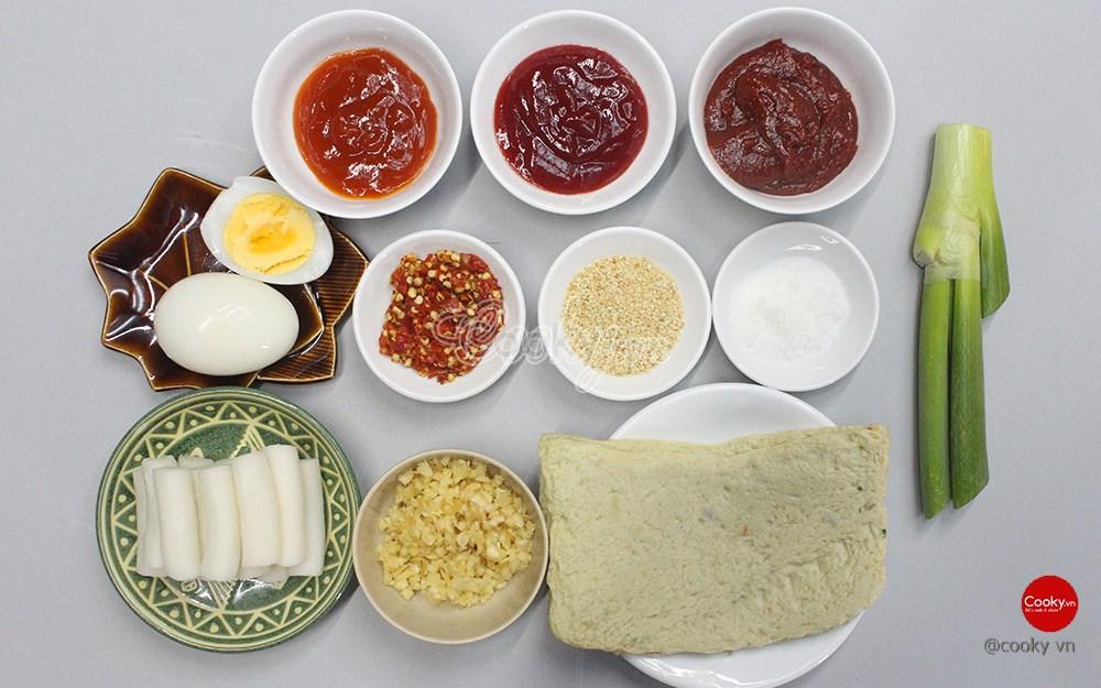 Cách Làm Bánh Gạo Cay vừa thơm ngon vừa đẹp mắt đúng chuẩn Hàn Quốc - ảnh 1.