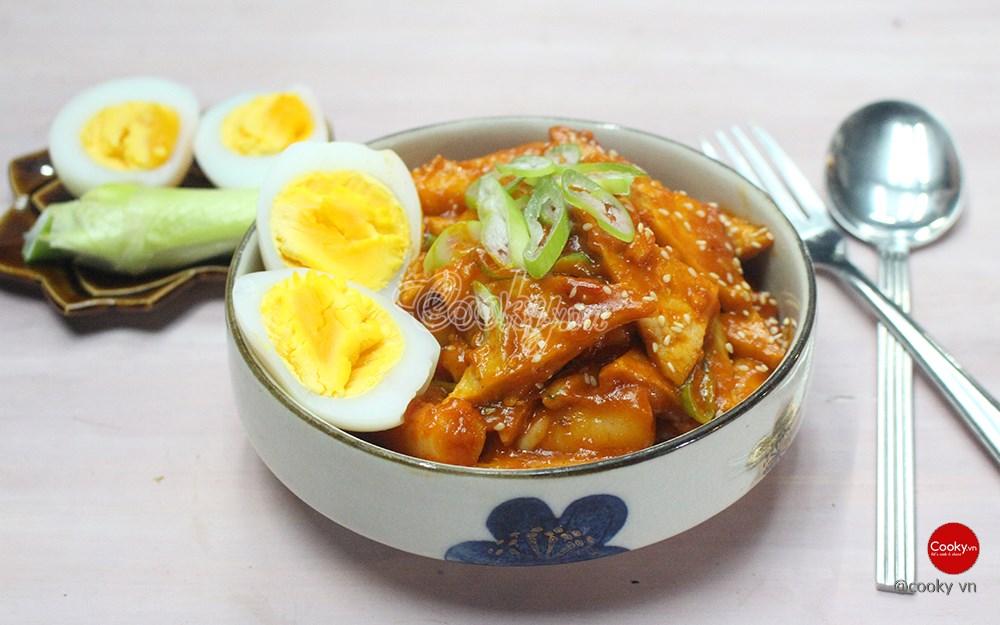 Cách Làm Bánh Gạo Cay vừa thơm ngon vừa đẹp mắt đúng chuẩn Hàn Quốc - ảnh 2.