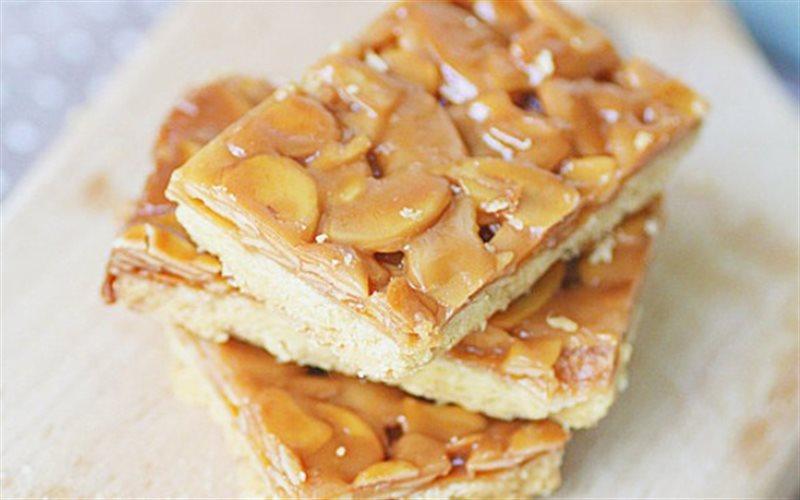 Cách làm Bánh Hạnh Nhân giòn rụm, beo béo ăn vặt ngày hè