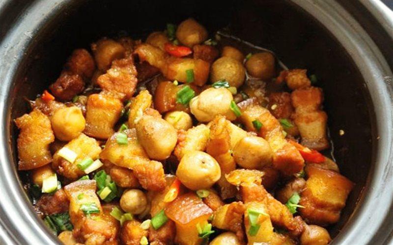 Cách Làm Thịt Ba Chỉ Kho Nấm Đậm Đà, Ngon Cơm