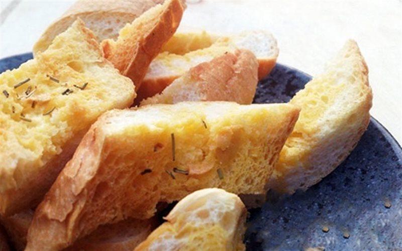 Cách Làm Bánh Mì Bơ Tỏi Thơm Ngon, Để Dành Ăn Vặt