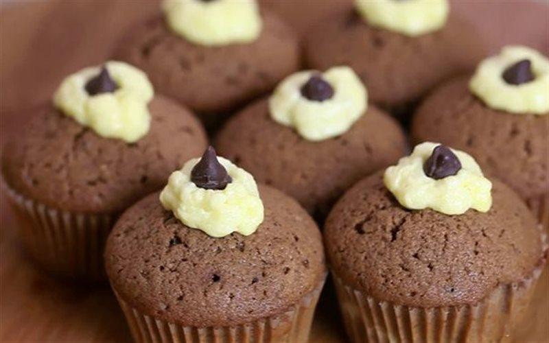 Cách Làm Cupcake Chocolate Đơn Giản Cực Thơm Ngon