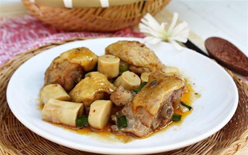 Cách Làm Thịt Gà Kho Măng Đậm Đà Ngon Cơm Cực Kỳ