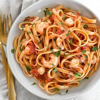 Mì Ý sợi dẹt sốt hải sản