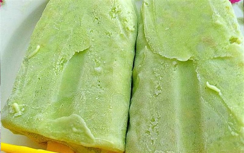 Cách làm Kem Cốm với lá dứa và sữa tươi không đường
