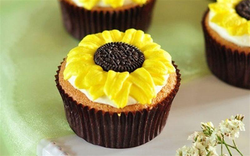 Cách Làm Cupcake Hoa Mặt Trời Bắt Mắt, Thơm Lừng