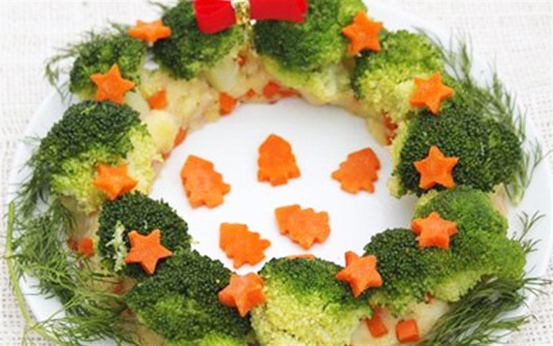 Cách Làm Salad Khoai Tây Vòng Nguyệt Quế Đẹp Mắt