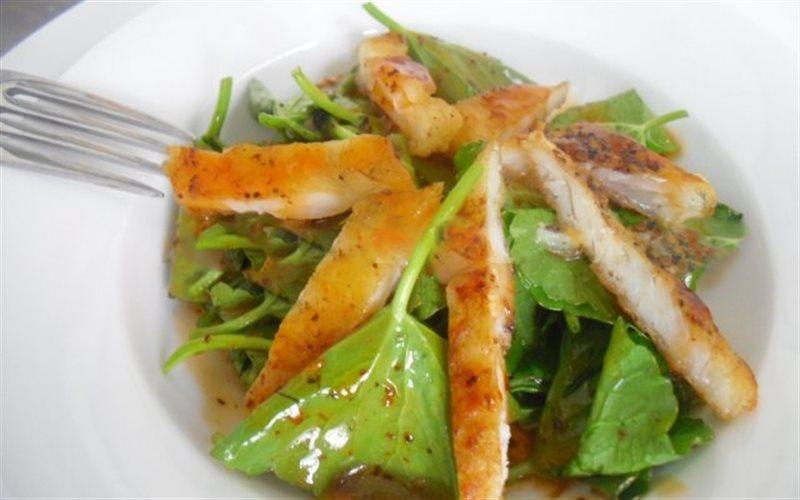 Cách Làm Salad Cá Basa Xông Khói Trà Tươi Độc Đáo