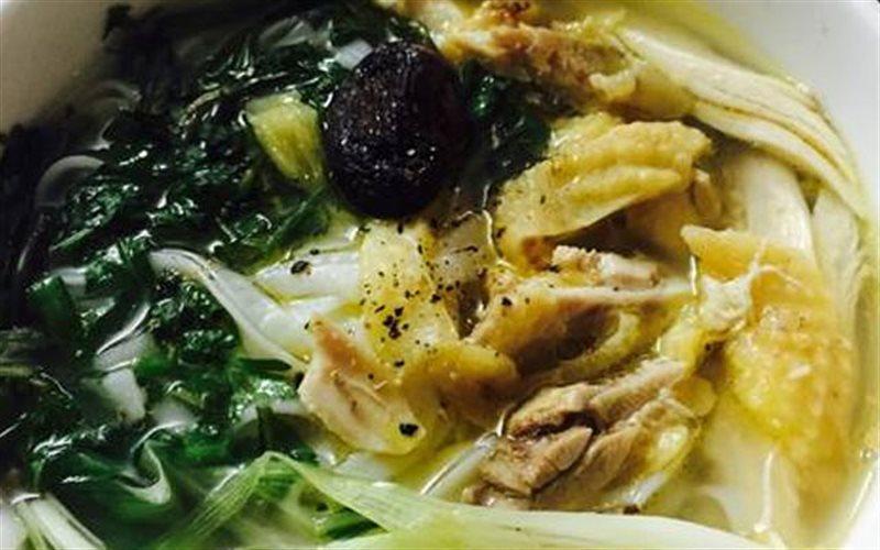 Cách Làm Phở Thịt Gà Xé Thơm Ngon Cho Bữa Sáng