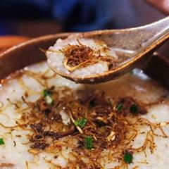 Một nùi món ăn làm từ ruốc (chà bông) và mắm bao ngon