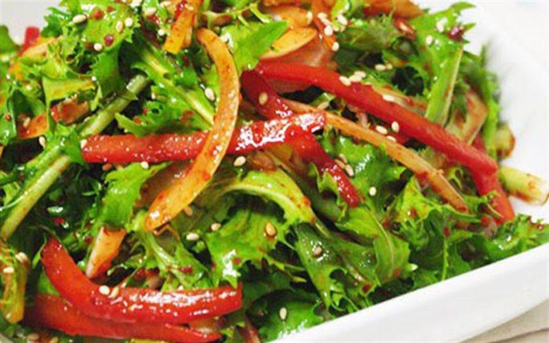 Cách Làm Salad Rau Diếp Xoắn Lạ Miệng Đổi Khẩu Vị
