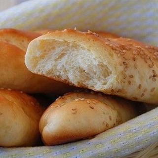 Cách làm Bánh Mì Bơ Sữa mềm xốp thơm ngon không dùng trứng