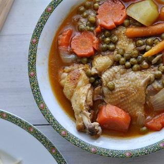 Cách làm Gà Nấu Đậu thơm ngon cho bữa ăn gia đình