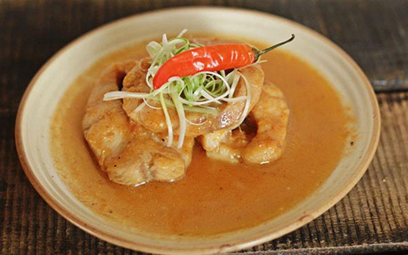 Cách làm Cá Lóc Kho Cà Chua đậm đà cho bữa cơm gia đình