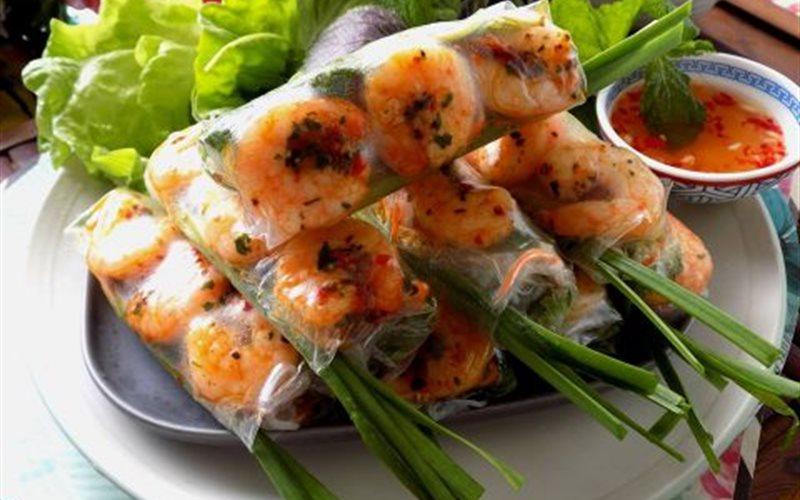 Cách Làm Gỏi Cuốn Tôm Nướng Sa Tế Ăn Vặt Cực Ngon
