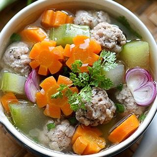 Cách Làm Canh Thịt Viên Ngọt Mát Cùng Bữa Cơm