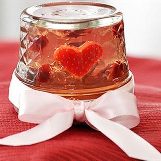 Cách Làm Thạch Dâu Hình Trái Tim Cho Valentine