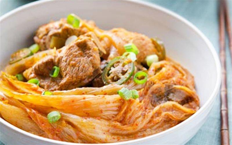 Cách làm Canh Sườn Non Nấu Kim Chi ấm bụng cho trời se lạnh