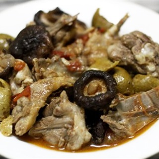 Cách Làm Thịt Vịt Om Sấu Nấm Hương Kiểu Hà Nội
