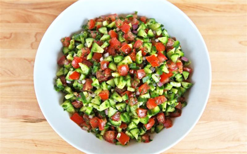 Cách Làm Salad Cà Chua Dưa Leo Ăn Kiêng Tại Nhà