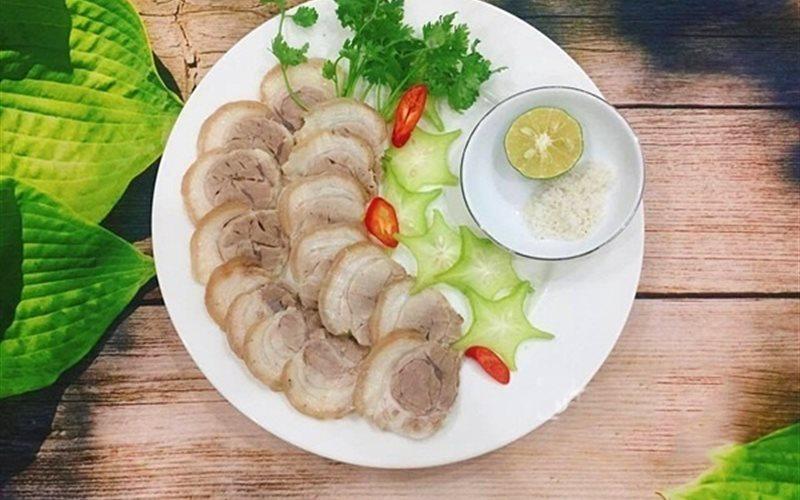 Cách làm Thịt Chân Giò Luộc thơm ngon, đơn giản tại nhà