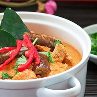 Cà ri gà cay Thái Lan