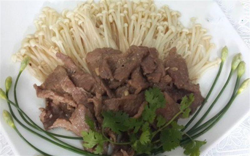 Cách Làm Thịt Bò Xào Nấm Kim Châm Cực Thơm Ngon