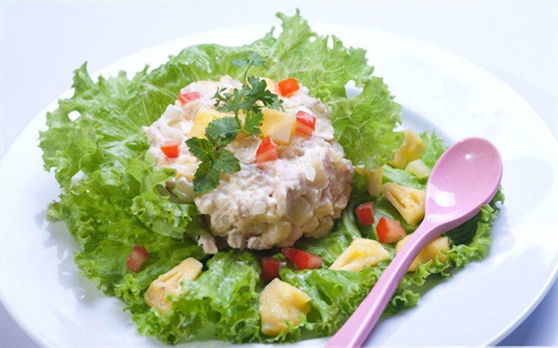Cách Làm Salad Gà Thơm Và Khoai Tây Ngon Miệng
