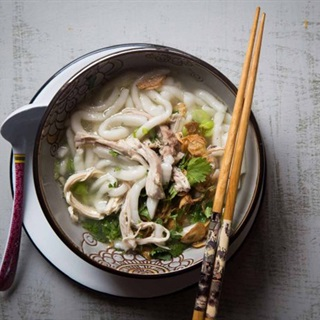 Cách làm Sợi bánh canh bột gạo tại nhà