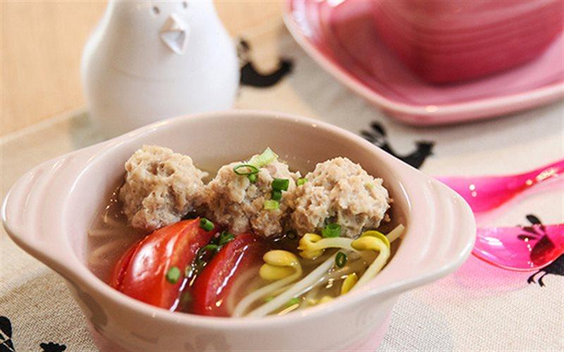 Cách làm Canh Thịt Viên Giá Đỗ thanh mát, bồi bổ cơ thể