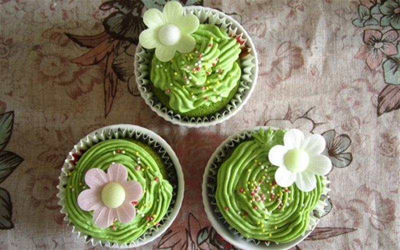 Cách làm Green Tea Cupcakes thơm lừng gian bếp nhỏ của mẹ