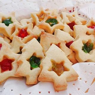 Cách làm Bánh Quy Cây Thông đẹp mắt cho mùa Giáng Sinh