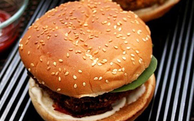 Cách Làm Hamburger Kẹp Đậu Hũ Lạ Miệng Độc Đáo