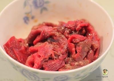 cách làm cơm chiên thịt bò