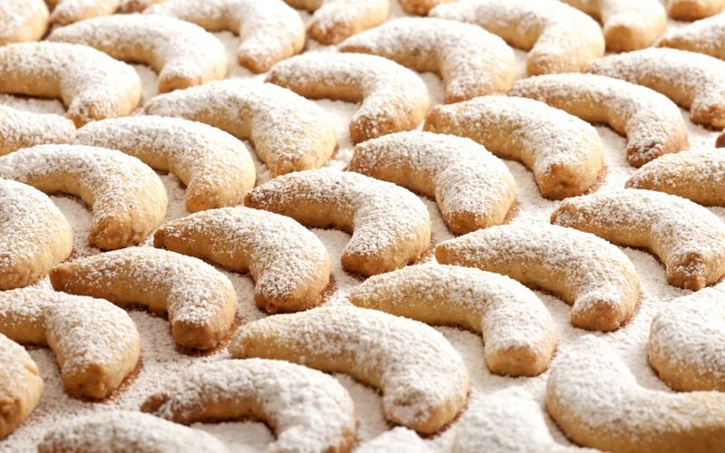 Cách làm Vanilla Croissant Cookies