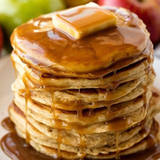 Cách làm Bánh pancake táo đơn giản